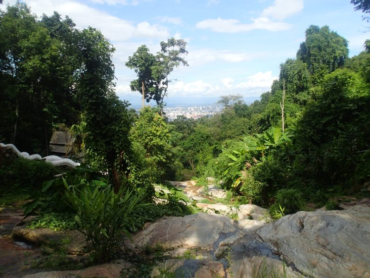 I walked to Wat Phalad - what a glorious, clear skied, view of Chiang Mai