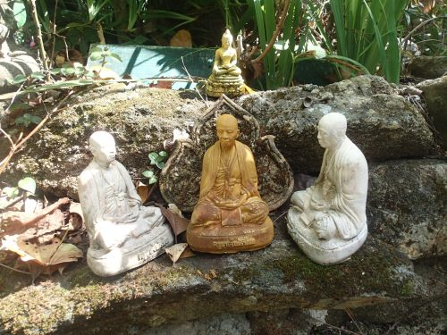 The 3 wise Buddhas
